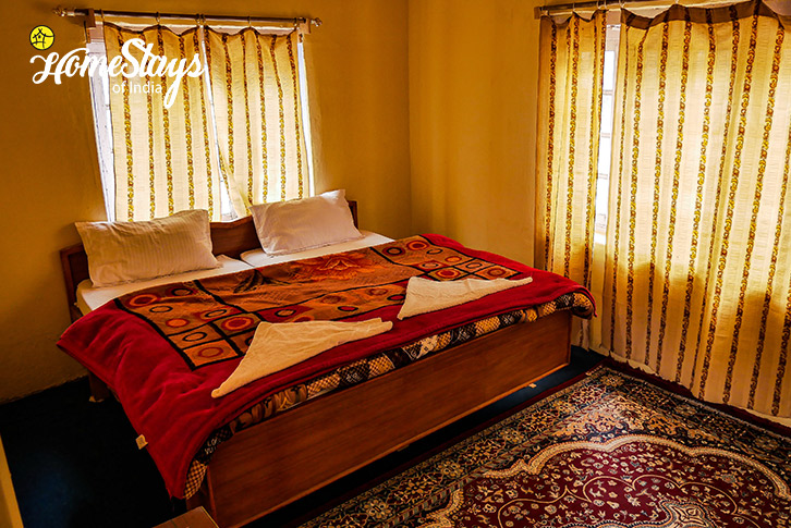 Room3-Sumur-Homestay-Nubra Valley-Ladakh