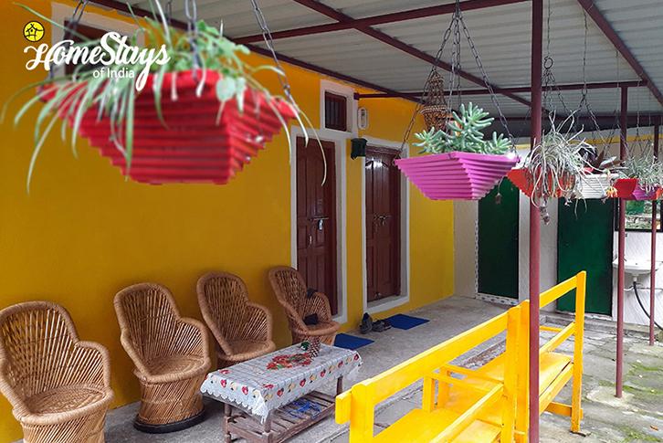Sitting-Area_Sunkiya-Homestay-Mukteshwar