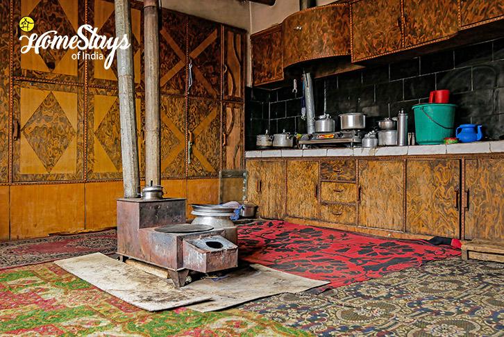 Traditional-Kitchen-Turtuk Homestay-Ladakh