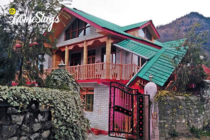 Exterior_Haripur-Homestay-Manali