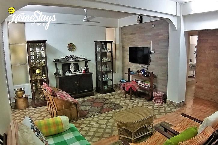 Living-Room-Umsaw Nongkharai Homestay-Ri Bhoi