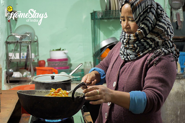 Cooking-Likir-Homestay-Ladakh