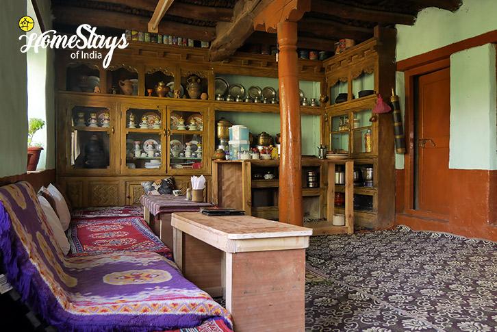 Dinning-Likir-Homestay-Ladakh
