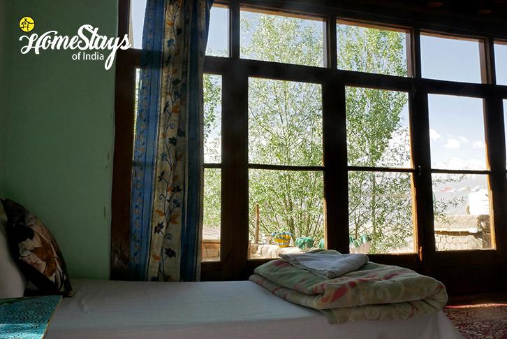 Room-1-Likir-Homestay-Ladakh