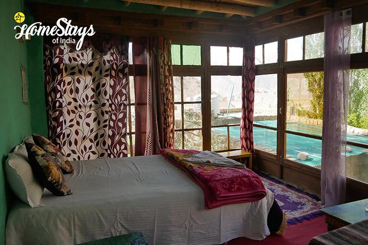 Room-2-Likir-Homestay-Ladakh