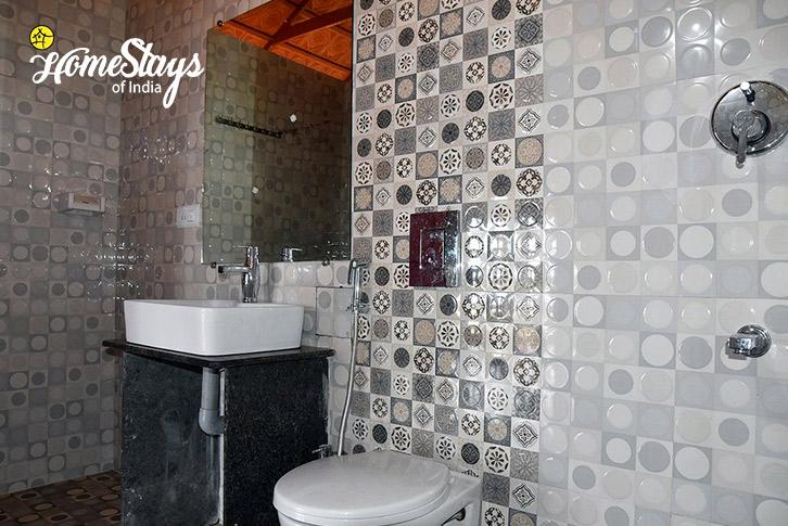 Bathroom-Ganesha Homestay-Gokarna