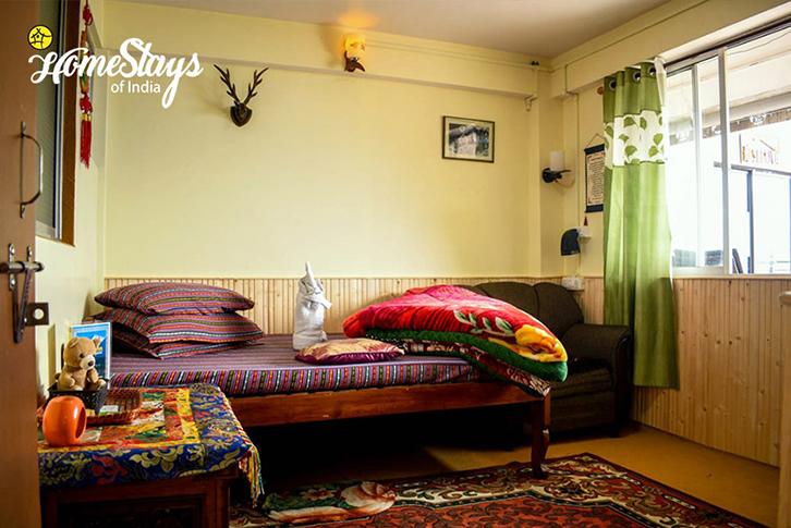 BedRoom2_TungSung Homestay-Darjeeling