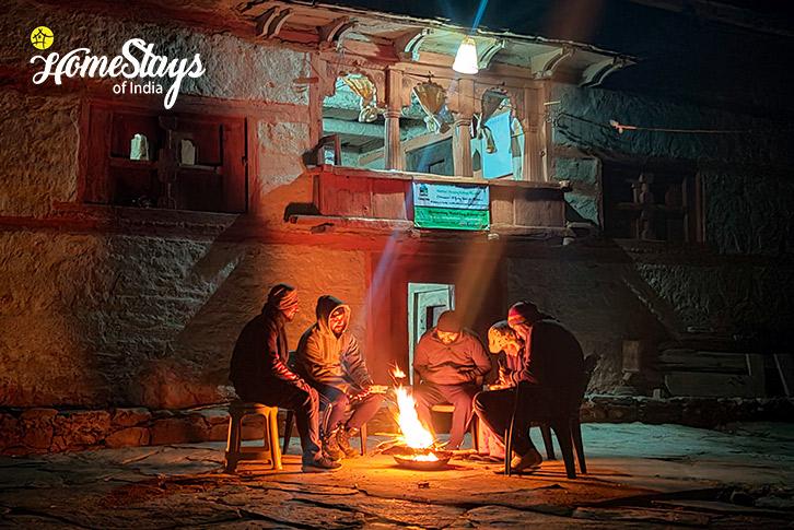 Bonfire_Raithal Homestay-Uttarkashi