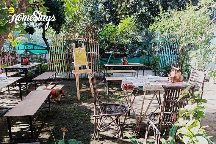 Cafe-2-16D Homestay-Chandigarh
