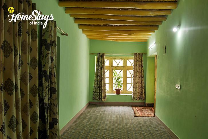 Corridor-Upshi Riverside Homestay