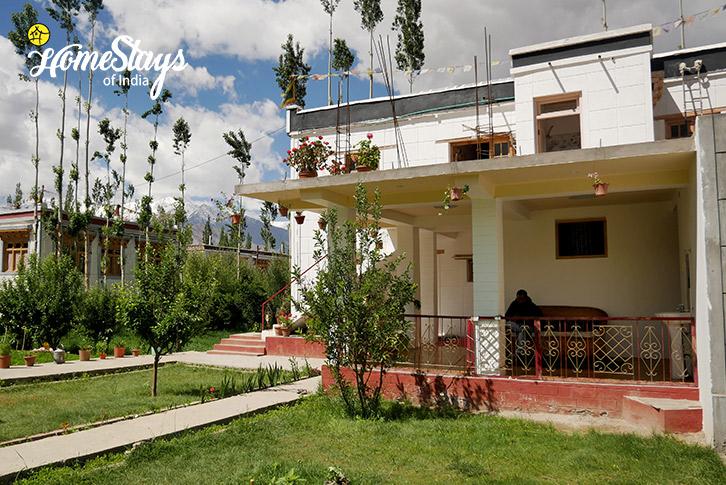 Garden-4-Thiksey Homestay-Ladakh