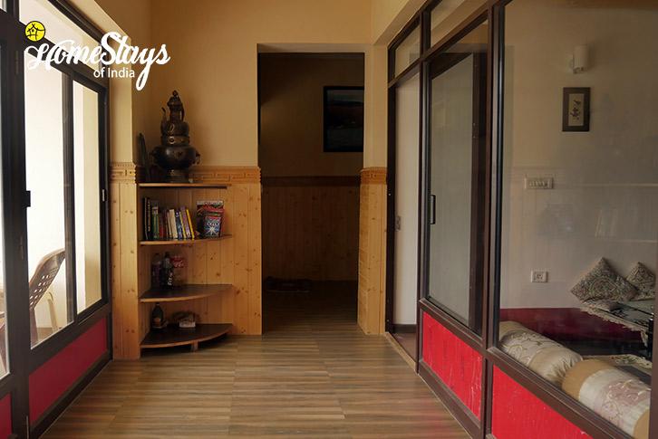 Interior-Chubi Homestay-Leh