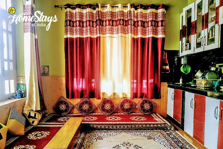 Kitchen-Chorten Homestay-Tabo