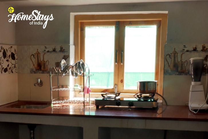 Kitchen-Thiksey Homestay-Ladakh