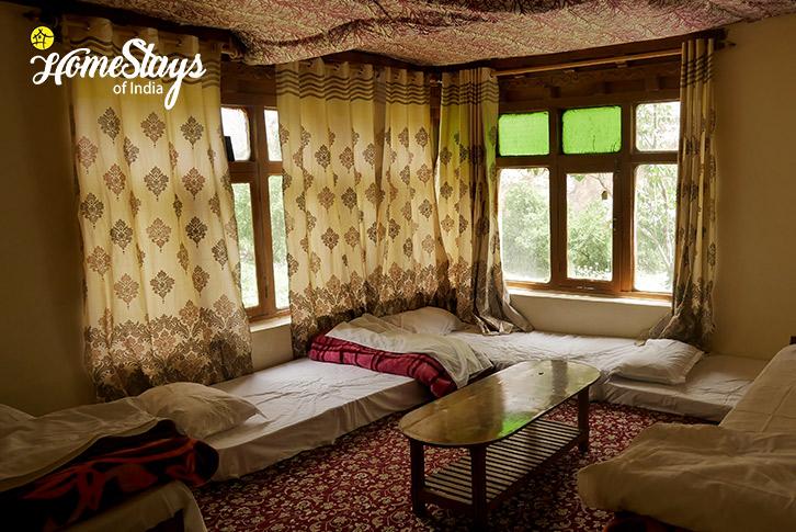 Room-01-Dah Homestay-3-Aryan Valley