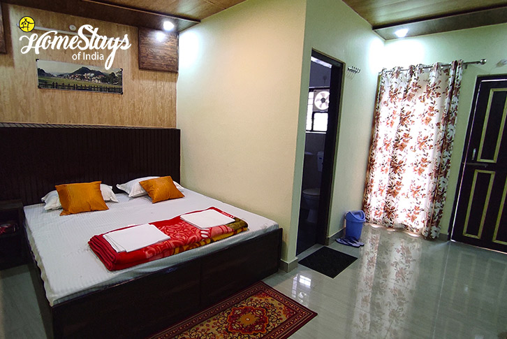 Room-02-Ravi-Riverside-Homestay-Chamba