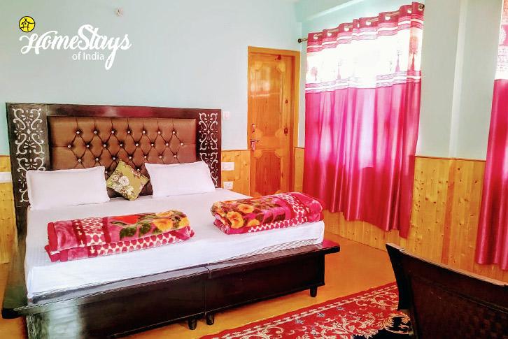 Room-2-Chorten Homestay-Tabo