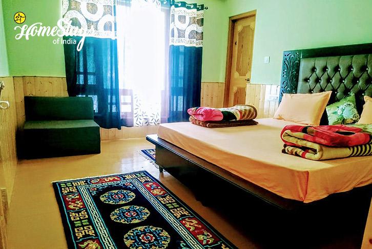 Room-3-Chorten Homestay-Tabo