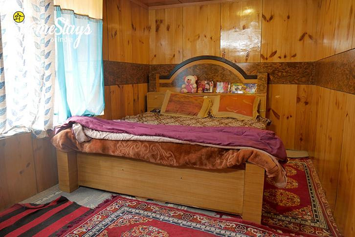 Room-3-Hemis Homestay-Leh