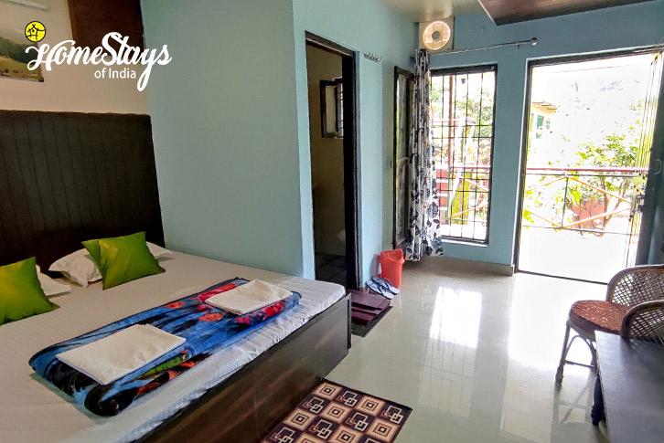 Room-3-Ravi-Riverside-Homestay-Chamba