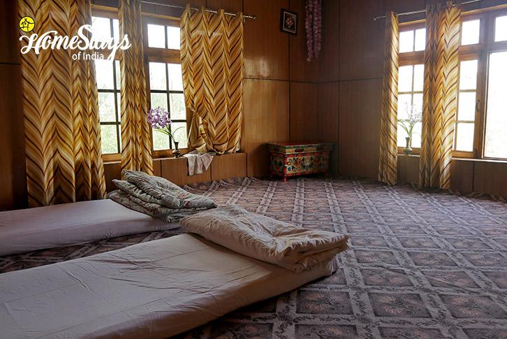 Twin Room-Thiksey Homestay-Ladakh