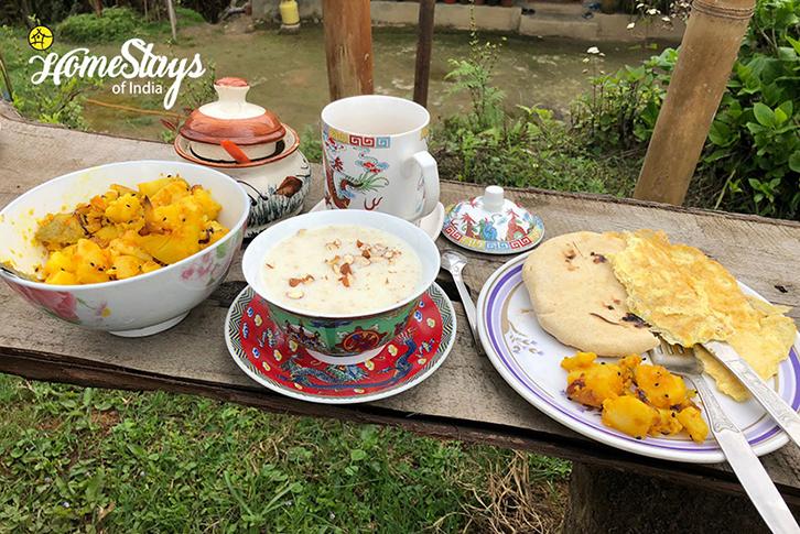 Breakfast_Khecheopalri-Homestay-Sikkim